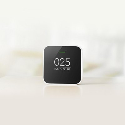 Xiaomi Smart Air Quality Monitor PM2.5 DetectorAir Purifier<br>Xiaomi Smart Air Quality Monitor PM2.5 Detector<br><br>Available Color: Black<br>Package Contents: 1 x Xiaomi PM2.5 Detector, 1 x Chinese User Manual<br>Package Size(L x W x H): 8.00 x 8.00 x 6.00 cm / 3.15 x 3.15 x 2.36 inches<br>Package weight: 0.320 kg<br>Product Size(L x W x H): 6.30 x 6.30 x 3.40 cm / 2.48 x 2.48 x 1.34 inches<br>Product weight: 0.100 kg