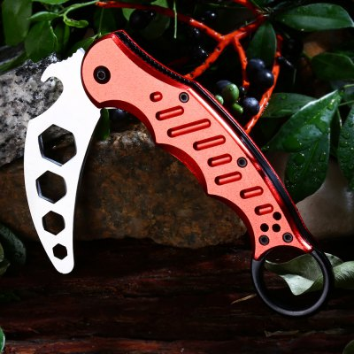 Dull Blade Survival Hunting KnifeMultitools<br>Dull Blade Survival Hunting Knife<br><br>Blade Length: 7cm<br>Clip Length: 7cm<br>Fold Length: 13.5cm<br>For: Camping, Daily Use<br>Lock Type: Liner Lock<br>Package Contents: 1 x Knife<br>Package size (L x W x H): 14.00 x 5.50 x 2.00 cm / 5.51 x 2.17 x 0.79 inches<br>Package weight: 0.190 kg<br>Product size (L x W x H): 19.50 x 4.00 x 2.00 cm / 7.68 x 1.57 x 0.79 inches<br>Product weight: 0.150 kg<br>Type: Multitools<br>Unfold Length: 19.5cm