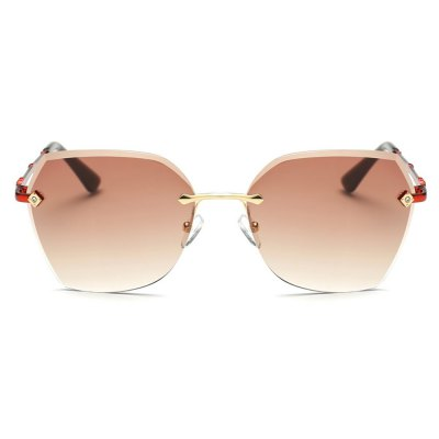 940 UV-resistant Stylish Sunglasses Goggle with PC LensStylish Sunglasses<br>940 UV-resistant Stylish Sunglasses Goggle with PC Lens<br><br>Ear-stems Length: 13.5cm<br>Features: Anti-UV<br>Gender: Unisex<br>Lens height: 5.5cm<br>Lens material: PC<br>Lens width: 6.4cm<br>Nose bridge width: 1.9cm<br>Package Contents: 1 x 940 Sunglasses, 1 x Cleaning Cloth, 1 x Box<br>Package Dimension: 16.50 x 6.00 x 5.00 cm / 6.5 x 2.36 x 1.97 inches<br>Package weight: 0.150 kg<br>Product Dimension: 15.00 x 13.50 x 5.50 cm / 5.91 x 5.31 x 2.17 inches<br>Product weight: 0.031 kg<br>Whole Length: 15cm
