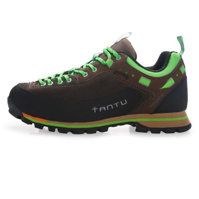 TANTU Hiking ShoesHiking Shoes<br>TANTU Hiking Shoes<br><br>Available Size: 39, 40, 41, 42, 43, 44, 45, 46, 39, 40, 41, 42, 43, 44, 45, 46<br>Brand: TANTU<br>Closure Type: Lace-Up<br>Color: Blue,Brown,Gray, Blue,Brown,Gray<br>Features: Sweat-absorbing, Durable, Shock-absorbing, Crashworthy, Breathable, Anti-slip, Water Resistant<br>Gender: Men<br>Highlights: Soft, Breathable, Sweat Absorbing, Breathable, Soft, Sweat Absorbing<br>Package Contents: 1 x Pair of TANTU Hiking Shoes , 1 x Pair of TANTU Hiking Shoes<br>Package size: 32.00 x 23.00 x 12.00 cm / 12.6 x 9.06 x 4.72 inches, 32.00 x 23.00 x 12.00 cm / 12.6 x 9.06 x 4.72 inches<br>Package weight: 1.200 kg, 1.200 kg<br>Product weight: 0.930 kg, 0.930 kg<br>Season: Winter, Autumn<br>Sole Material: Rubber<br>Type: Hiking Shoes<br>Upper Height: Middle
