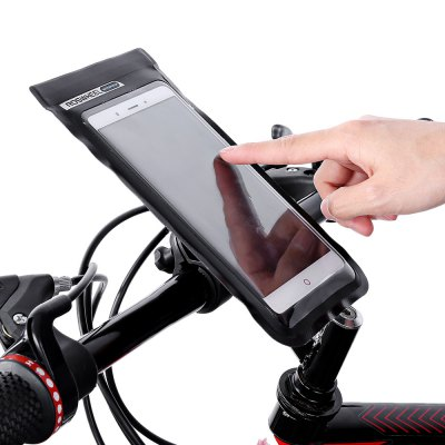 Roswheel 111362 Waterproof Handlebar Mobile Phone BagBike Bags<br>Roswheel 111362 Waterproof Handlebar Mobile Phone Bag<br><br>Brand: Roswheel<br>Emplacement: Handlebar<br>For: Unisex<br>Material: PVC<br>Package Contents: 1 x Rowsheel 111632 Handlebar Mobile Phone Bag, 1 x Holder<br>Package Dimension: 22.00 x 11.50 x 4.00 cm / 8.66 x 4.53 x 1.57 inches<br>Package weight: 0.1100 kg<br>Product Dimension: 21.00 x 11.50 x 6.00 cm / 8.27 x 4.53 x 2.36 inches<br>Product weight: 0.0820 kg<br>Suitable for: Electric Bicycle, Road Bike, Mountain Bicycle