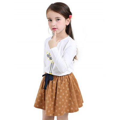 Liancaiyi Girls T Shirt Dress SetGirls Clothing<br>Liancaiyi Girls T Shirt Dress Set<br><br>Brand: Liancaiyi<br>Material: Cotton<br>Neckline: Round Neck<br>Package Content: 1 x Liancaiyi T-shirt, 1 x Skirt<br>Package size: 36.00 x 30.00 x 2.00 cm / 14.17 x 11.81 x 0.79 inches<br>Package weight: 0.2800 kg<br>Pattern Type: Animal, Floral<br>Product weight: 0.2350 kg<br>Type: Two-Pieces Separate