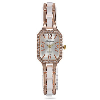 Chaoyada Rectangle Dial Female Quartz WatchWomens Watches<br>Chaoyada Rectangle Dial Female Quartz Watch<br><br>Band material: Alloy + Bronze<br>Band size: 20.00 x 1.50 cm / 7.87 x 0.59 inches<br>Brand: Chaoyada<br>Case material: Alloy<br>Clasp type: Sheet folding clasp<br>Dial size: 2.20 x 2.20 x 0.80 cm / 0.87 x 0.87 x 0.31 inches<br>Display type: Analog<br>Movement type: Quartz watch<br>Package Contents: 1 x Chaoyada Female Quartz Watch, 1 x Box<br>Package size (L x W x H): 8.50 x 8.00 x 5.50 cm / 3.35 x 3.15 x 2.17 inches<br>Package weight: 0.0730 kg<br>Product size (L x W x H): 20.00 x 2.20 x 0.80 cm / 7.87 x 0.87 x 0.31 inches<br>Product weight: 0.0330 kg<br>Shape of the dial: Rectangle<br>Watch mirror: Mineral glass<br>Watch style: Wristband Style<br>Watches categories: Women