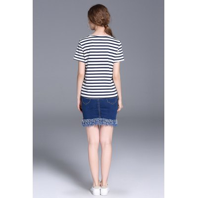 Short Sleeve Striped Women T-shirtTees<br>Short Sleeve Striped Women T-shirt<br><br>Clothing Length: Regular<br>Collar: Round Collar<br>Material: Cotton<br>Package Contents: 1 x T-shirt<br>Package size: 29.00 x 29.00 x 2.00 cm / 11.42 x 11.42 x 0.79 inches<br>Package weight: 0.1700 kg<br>Pattern Type: Striped<br>Product weight: 0.1100 kg<br>Season: Summer<br>Size: L,M,S,XL<br>Sleeve Length: Short Sleeves<br>Style: Casual