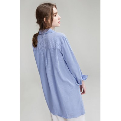 Striped Splicing Long ShirtsBlouses<br>Striped Splicing Long Shirts<br><br>Collar: Turn-down Collar, Turn-down Collar<br>Elasticity: Nonelastic, Nonelastic<br>Embellishment: Pockets, Pockets<br>Material: Cotton, Cotton<br>Package Content: 1 x Shirt, 1 x Shirt<br>Package size (L x W x H): 35.00 x 4.00 x 25.00 cm / 13.78 x 1.57 x 9.84 inches, 35.00 x 4.00 x 25.00 cm / 13.78 x 1.57 x 9.84 inches<br>Package weight: 0.3400 kg, 0.3400 kg<br>Product weight: 0.3000 kg, 0.3000 kg<br>Season: Spring, Summer, Summer, Spring<br>Shirt Length: Long, Long<br>Sleeve Length: Long Sleeves, Long Sleeves<br>Style: Casual, Casual