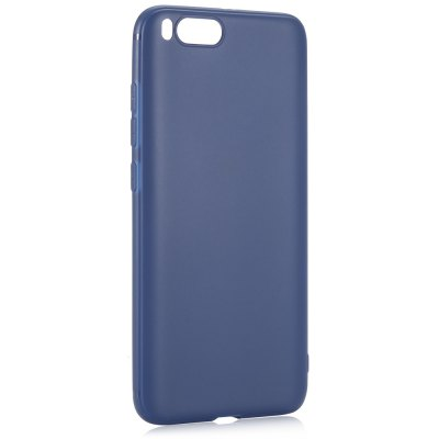 Luanke TPU Back Case for Xiaomi Mi 6Cases &amp; Leather<br>Luanke TPU Back Case for Xiaomi Mi 6<br><br>Brand: Luanke<br>Color: Blue,White<br>Compatible Model: Mi 6<br>Features: Anti-knock, Back Cover<br>Mainly Compatible with: Xiaomi<br>Material: TPU<br>Package Contents: 1 x Phone Case<br>Package size (L x W x H): 21.00 x 13.00 x 1.80 cm / 8.27 x 5.12 x 0.71 inches<br>Package weight: 0.0370 kg<br>Product Size(L x W x H): 14.80 x 7.30 x 0.80 cm / 5.83 x 2.87 x 0.31 inches<br>Product weight: 0.0130 kg<br>Style: Modern, Solid Color