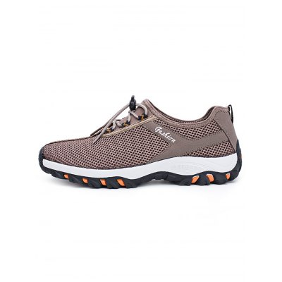 Mesh Anti-slip Sports ShoesAthletic Shoes<br>Mesh Anti-slip Sports Shoes<br><br>Available Size: 39, 40, 41, 42, 43, 44<br>Closure Type: Lace-Up<br>Features: Anti-slip, Breathable<br>Gender: Men<br>Highlights: Breathable<br>Package Contents: 1 x Pair of Shoes<br>Package size: 33.00 x 22.00 x 11.00 cm / 12.99 x 8.66 x 4.33 inches<br>Package weight: 0.8800 kg<br>Product weight: 0.7000 kg<br>Season: Summer, Spring, Autumn<br>Size: 39,40,41,42,43,44<br>Sole Material: Rubber