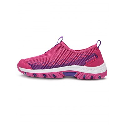 Women Mesh Sports ShoesWomens Sneakers<br>Women Mesh Sports Shoes<br><br>Contents: 1 x Pair of Shoes<br>Materials: Rubber<br>Occasion: Casual<br>Package Size ( L x W x H ): 33.00 x 22.00 x 11.00 cm / 12.99 x 8.66 x 4.33 inches<br>Package Weights: 0.780KG<br>Seasons: Summer<br>Size: 36,37,38,39,40<br>Style: Leisure<br>Type: Skateboarding Shoes