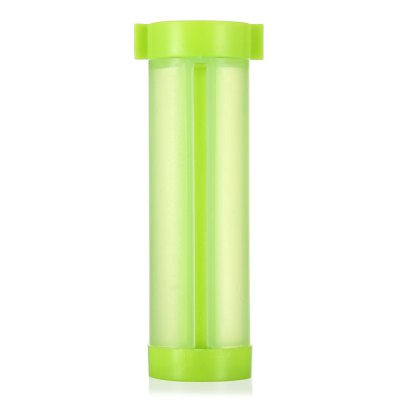 Toothpaste Rolling SqueezerHome Gadgets<br>Toothpaste Rolling Squeezer<br><br>For: Adults, Kids, Men, Teenagers, Women<br>Material: Plastic<br>Occasion: Bathroom<br>Package Contents: 1 x Toothpaste Squeezer, 1 x Suction Cup<br>Package size (L x W x H): 10.00 x 7.00 x 3.50 cm / 3.94 x 2.76 x 1.38 inches<br>Package weight: 0.0300 kg<br>Product size (L x W x H): 8.00 x 4.50 x 3.00 cm / 3.15 x 1.77 x 1.18 inches<br>Product weight: 0.0150 kg<br>Type: Practical
