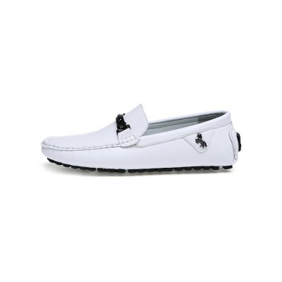 British Style Men Casual Loafers with Metal DetailCasual Shoes<br>British Style Men Casual Loafers with Metal Detail<br><br>Contents: 1 x Pair of Shoes<br>Materials: Microfiber, Rubber<br>Occasion: Casual<br>Package Size ( L x W x H ): 30.00 x 18.00 x 12.00 cm / 11.81 x 7.09 x 4.72 inches<br>Package Weights: 0.750kg<br>Seasons: Autumn,Spring,Summer<br>Style: Leisure<br>Type: Casual Shoes