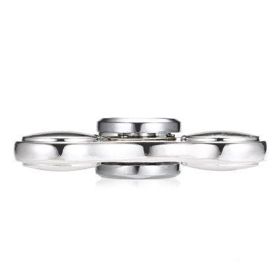 High-speed Tri-blade UFO Fidget Spinner Zinc AlloyFidget Spinners<br>High-speed Tri-blade UFO Fidget Spinner Zinc Alloy<br><br>Center Bearing Material: Stainless Steel Bearing<br>Frame material: Zinc Alloy<br>Package Contents: 1 x Hand Spinner, 1 x Hand Spinner Box<br>Package size (L x W x H): 10.00 x 7.00 x 3.00 cm / 3.94 x 2.76 x 1.18 inches<br>Package weight: 0.1370 kg<br>Product size (L x W x H): 6.60 x 6.60 x 1.20 cm / 2.6 x 2.6 x 0.47 inches<br>Product weight: 0.0860 kg<br>Swing Numbers: Tri-Bar<br>Type: Triple Blade
