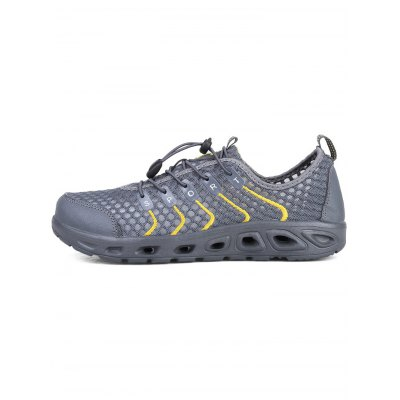 Mesh Breathable Sports Shoes for MenHiking Shoes<br>Mesh Breathable Sports Shoes for Men<br><br>Contents: 1 x Pair of Shoes<br>Materials: Mesh, Rubber<br>Occasion: Casual<br>Package Size ( L x W x H ): 33.00 x 18.00 x 12.00 cm / 12.99 x 7.09 x 4.72 inches<br>Package Weights: 0.88kg<br>Seasons: Summer<br>Style: Leisure, Comfortable<br>Type: Casual Shoes