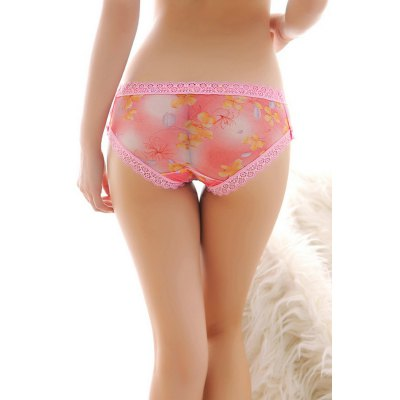 Sexy Lace Edge Floral Pattern BriefsBottoms<br>Sexy Lace Edge Floral Pattern Briefs<br><br>Material: Polyamide, Spandex<br>Package Contents: 1 x Underwear<br>Package size: 15.00 x 15.00 x 2.00 cm / 5.91 x 5.91 x 0.79 inches<br>Package weight: 0.0410 kg<br>Product weight: 0.0200 kg