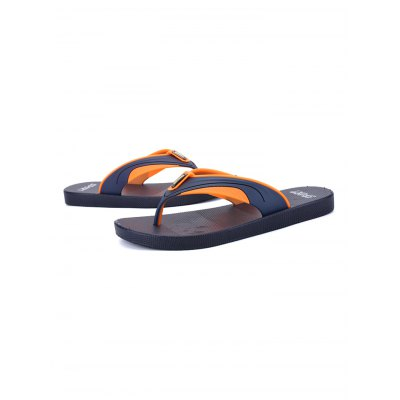 Popular Summer Beach Sandals for MenMens Slippers<br>Popular Summer Beach Sandals for Men<br><br>Contents: 1 x Pair of Shoes<br>Materials: Rubber<br>Occasion: Casual<br>Package Size ( L x W x H ): 31.00 x 18.50 x 11.00 cm / 12.2 x 7.28 x 4.33 inches<br>Package Weights: 0.42kg<br>Seasons: Summer<br>Style: Comfortable, Leisure<br>Type: Slippers