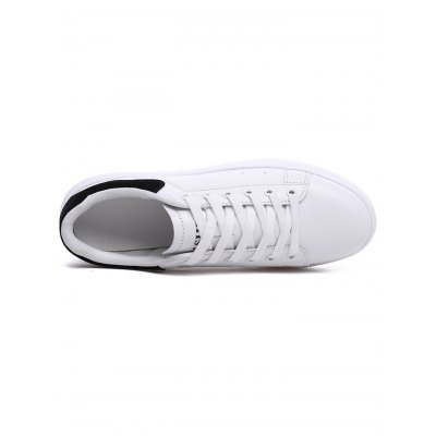 All-match Lace Up Ladies Skateboarding ShoesWomens Sneakers<br>All-match Lace Up Ladies Skateboarding Shoes<br><br>Contents: 1 x Pair of Shoes<br>Materials: Leather, PU<br>Occasion: Casual, Daily<br>Package Size ( L x W x H ): 33.00 x 22.00 x 11.00 cm / 12.99 x 8.66 x 4.33 inches<br>Package Weights: 0.83<br>Seasons: Autumn,Winter<br>Style: Leisure, Fashion, Comfortable<br>Type: Skateboarding Shoes