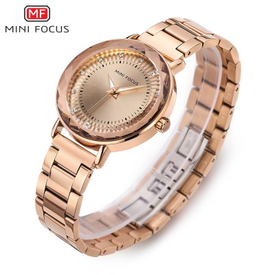 MINIFOCUS MF0040L Quartz Watch for WomenWomens Watches<br>MINIFOCUS MF0040L Quartz Watch for Women<br><br>Band material: Steel<br>Band size: 20.00 x 1.60 cm / 7.87 x 1.50 x 0.62 inches<br>Brand: MINIFOCUS<br>Case material: Alloy<br>Clasp type: Butterfly clasp<br>Dial size: 3.80 x 3.80 x 0.80 cm / 1.50 x 1.50 x 0.31 inches<br>Display type: Analog<br>Movement type: Quartz watch<br>Package Contents: 1 x MINIFOCUS Women Quartz Watch<br>Package size (L x W x H): 22.00 x 5.00 x 1.80 cm / 8.66 x 1.97 x 0.71 inches<br>Package weight: 0.1150 kg<br>Product size (L x W x H): 20.00 x 3.80 x 0.80 cm / 7.87 x 1.5 x 0.31 inches<br>Product weight: 0.0850 kg<br>Shape of the dial: Round<br>Watch mirror: Mineral glass<br>Watch style: Fashion<br>Watches categories: Female table<br>Water resistance : Life water resistant