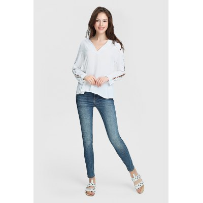 Women Hollow-out Sleeve White Blouse with V-neck