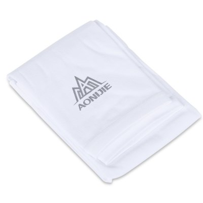 Pair of AONIJIE UV-resistant Cool Sports Oversleeves Arm CoversOther Sports Gadgets<br>Pair of AONIJIE UV-resistant Cool Sports Oversleeves Arm Covers<br><br>Best Use: Cycling,Running<br>Brand: AONIJIE<br>Gender: Unisex<br>Package Contents: 1 x Pair of AONIJIE Sports Oversleeves<br>Package Dimension: 20.00 x 11.50 x 2.50 cm / 7.87 x 4.53 x 0.98 inches<br>Package weight: 0.0900 kg<br>Product Dimension: 36.00 x 10.00 x 0.50 cm / 14.17 x 3.94 x 0.2 inches<br>Product weight: 0.0380 kg
