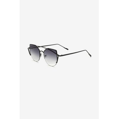 Anti-UV Metal Frame Colored Lens Angular Sunglasses