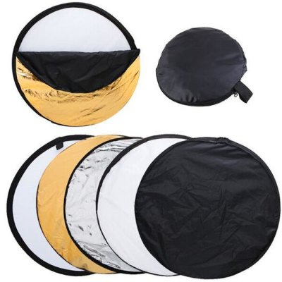 5 in 1 Collapsible Light Round PhotographyPhotography Accessories<br>5 in 1 Collapsible Light Round Photography<br><br>Material: Chemical Fiber<br>Package Contents: 1 x Reflector, 1 x Carrying Bag<br>Package size (L x W x H): 15.00 x 15.00 x 5.00 cm / 5.91 x 5.91 x 1.97 inches<br>Package weight: 0.3100 kg<br>Product size (L x W x H): 60.00 x 60.00 x 4.00 cm / 23.62 x 23.62 x 1.57 inches<br>Product weight: 0.2900 kg