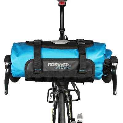 ROSWHEEL 111369 Water-resistant 7L Bike Handlebar Bag PackBike Bags<br>ROSWHEEL 111369 Water-resistant 7L Bike Handlebar Bag Pack<br><br>Brand: Roswheel<br>Emplacement: Handlebar<br>For: Unisex<br>Material: TPU, Nylon<br>Package Contents: 1 x ROSWHEEL 111369 Bike Handlebar Bag<br>Package Dimension: 42.00 x 17.00 x 17.00 cm / 16.54 x 6.69 x 6.69 inches<br>Package weight: 0.4500 kg<br>Product Dimension: 40.00 x 15.00 x 15.00 cm / 15.75 x 5.91 x 5.91 inches<br>Product weight: 0.3640 kg<br>Suitable for: Road Bike, Mountain Bicycle, Electric Bicycle