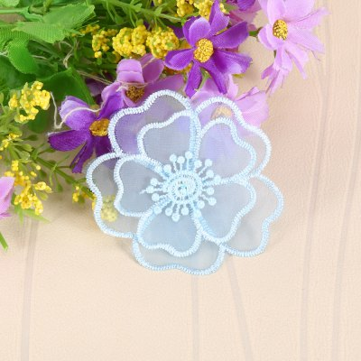 Floral Lace Clothes Patch for Wedding PartyDecorative Flowers<br>Floral Lace Clothes Patch for Wedding Party<br><br>Package Contents: 1 x Flower Patch<br>Package size (L x W x H): 10.00 x 9.30 x 1.10 cm / 3.94 x 3.66 x 0.43 inches<br>Package weight: 0.0120 kg<br>Product size (L x W x H): 6.50 x 6.50 x 0.10 cm / 2.56 x 2.56 x 0.04 inches<br>Product weight: 0.0010 kg<br>Usage: Wedding, Valentine Gift, New Year, Christmas, Birthday