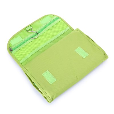 Foldable Cosmetic Storage BagStorage Bags<br>Foldable Cosmetic Storage Bag<br><br> Product weight: 0.1520 kg<br>Available Color: Green<br>Functions: Bathroom, Travel<br>Materials: Polyester<br>Package Contents: 1 x Travel Bag<br>Package Size(L x W x H): 27.00 x 17.00 x 3.30 cm / 10.63 x 6.69 x 1.3 inches<br>Package weight: 0.1830 kg<br>Product Size(L x W x H): 26.00 x 16.00 x 2.30 cm / 10.24 x 6.3 x 0.91 inches<br>Types: Storage Bags