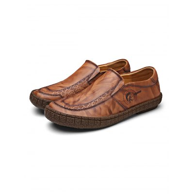 Fashionable Men Handmade Leather ShoesCasual Shoes<br>Fashionable Men Handmade Leather Shoes<br><br>Contents: 1 x Pair of Shoes<br>Materials: Leather<br>Occasion: Casual, Daily<br>Package Size ( L x W x H ): 34.00 x 23.00 x 12.00 cm / 13.39 x 9.06 x 4.72 inches<br>Package Weights: 0.98KG<br>Seasons: Autumn,Spring,Summer<br>Style: Leisure, Fashion, Comfortable<br>Type: Casual Shoes