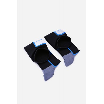 Pair of Knitted Outdoor Running Stockings for MenAccessories<br>Pair of Knitted Outdoor Running Stockings for Men<br><br>Contents: 1 x Pair of Socks<br>Gender: Men<br>Package size (L x W x H): 23.00 x 10.00 x 2.00 cm / 9.06 x 3.94 x 0.79 inches<br>Package weight: 0.1300 kg<br>Product weight: 0.1050 kg<br>Style: Active<br>Type: Socks