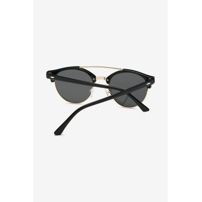Fashionable PC SunglassesStylish Sunglasses<br>Fashionable PC Sunglasses<br><br>For: Climbing, Cycling<br>Frame material: PC<br>Functions: Dustproof, Windproof<br>Lens material: PC<br>Package Contents: 1 x Pair of Sunglasses, 1 x Drawstring Bag, 1 x Cloth, 1 x Box<br>Package size (L x W x H): 15.50 x 6.50 x 4.50 cm / 6.1 x 2.56 x 1.77 inches<br>Package weight: 0.1460 kg<br>Product weight: 0.0260 kg<br>Type: Fashion Sunglasses