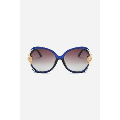 PC Lenses Sunglasses for WomenStylish Sunglasses<br>PC Lenses Sunglasses for Women<br><br>For: Climbing, Cycling<br>Frame material: PC<br>Functions: Windproof, Windproof, UV Protection, Dustproof<br>Lens material: PC<br>Package Contents: 1 x Pair of Sunglasses, 1 x Drawstring Bag, 1 x Cloth, 1 x Box, 1 x Pair of Sunglasses, 1 x Drawstring Bag, 1 x Cloth, 1 x Box<br>Package size (L x W x H): 15.50 x 6.50 x 4.50 cm / 6.1 x 2.56 x 1.77 inches, 15.50 x 6.50 x 4.50 cm / 6.1 x 2.56 x 1.77 inches<br>Package weight: 0.1580 kg, 0.1580 kg<br>Product weight: 0.0380 kg, 0.0380 kg<br>Type: Fashion Sunglasses