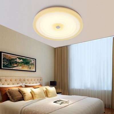 24W 2400Lm Round LED Simple Modern Ceiling Light 220VFlush Ceiling Lights<br>24W 2400Lm Round LED Simple Modern Ceiling Light 220V<br><br>Beam Angle: 180 Degree<br>Features: Round Shape, Remote-Controlled<br>Illumination Field: 8 - 12 Square Meter<br>LED Number : 48<br>Luminous Flux: 2400<br>Optional Light Color: Natural White,Warm White,White<br>Package Contents: 1 x Round Ceiling Light, 1 x Remote Controller<br>Package size (L x W x H): 52.00 x 52.00 x 7.00 cm / 20.47 x 20.47 x 2.76 inches<br>Package weight: 4.5000 kg<br>Product size (L x W x H): 50.00 x 50.00 x 6.00 cm / 19.69 x 19.69 x 2.36 inches<br>Product weight: 4.0000 kg<br>Sheathing Material: Glass<br>Type: Ceiling Lights<br>Voltage (V): 220V<br>Wattage (W): 24<br>Wavelength / CCT: 3000K,5000K,6500K