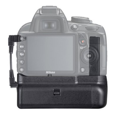 Professional Multi-power Battery Pack GripBattery &amp; Charger<br>Professional Multi-power Battery Pack Grip<br><br>Compatible Camera Brand: Nikon<br>Package Contents: 1 x Battery Grip, 1 x Cable<br>Package size (L x W x H): 19.00 x 17.00 x 16.00 cm / 7.48 x 6.69 x 6.3 inches<br>Package weight: 0.2910 kg<br>Product Size(L x W x H): 18.00 x 16.00 x 15.00 cm / 7.09 x 6.3 x 5.91 inches<br>Product weight: 0.2710 kg