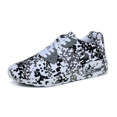 Stylish Mesh Skateboarding Shoes for MenCasual Shoes<br>Stylish Mesh Skateboarding Shoes for Men<br><br>Contents: 1 x Pair of Shoes<br>Materials: Mesh, Rubber<br>Occasion: Casual, Daily<br>Package Size ( L x W x H ): 33.00 x 22.00 x 11.00 cm / 12.99 x 8.66 x 4.33 inches<br>Package Weights: 0.77kg<br>Seasons: Autumn,Spring,Summer<br>Style: Leisure, Fashion, Comfortable<br>Type: Skateboarding Shoes