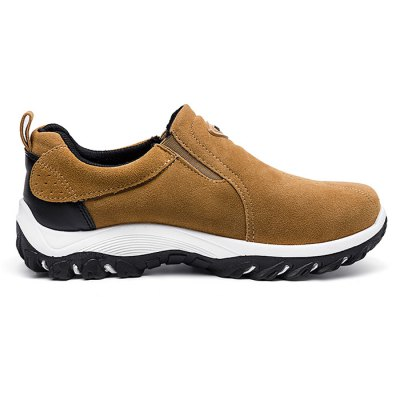 Fashionable Slip-on Outdoor Casual Sports Shoes for MenCasual Shoes<br>Fashionable Slip-on Outdoor Casual Sports Shoes for Men<br><br>Contents: 1 x Pair of Shoes<br>Materials: Rubber, Suede<br>Occasion: Casual, Daily<br>Package Size ( L x W x H ): 33.00 x 22.00 x 11.00 cm / 12.99 x 8.66 x 4.33 inches<br>Package Weights: 1.02kg<br>Seasons: Spring,Summer<br>Style: Leisure, Fashion, Comfortable<br>Type: Casual Shoes