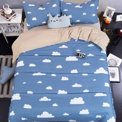 5-piece Polyester Bedding Set White Clouds PatternBedding Sets<br>5-piece Polyester Bedding Set White Clouds Pattern<br><br>Package Contents: 2 x Pillowcase, 1 x Duvet Cover, 1 x Flat Sheet, 1 x Fitted Sheet<br>Package size (L x W x H): 40.00 x 30.00 x 5.00 cm / 15.75 x 11.81 x 1.97 inches<br>Package weight: 2.2500 kg<br>Product weight: 2.2000 kg<br>Style: Cartoon / Anime<br>Type: Double