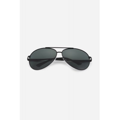 NANKA 8776 Men Polarized SunglassesStylish Sunglasses<br>NANKA 8776 Men Polarized Sunglasses<br><br>For: Climbing, Cross-country, Cycling, Home use, Motorcycle, Other Outdoor Activities<br>Frame material: Metal<br>Functions: Windproof, UV Protection, Dustproof, Fashion<br>Glasses width: 150mm<br>Lens height: 55mm<br>Lens material: Resin<br>Lens width: 65mm<br>Nose pad: Soft comfortable rubber<br>Package Contents: 1 x Pair of Sunglasses<br>Package size (L x W x H): 17.50 x 8.00 x 2.00 cm / 6.89 x 3.15 x 0.79 inches<br>Package weight: 0.0520 kg<br>Product weight: 0.0300 kg<br>Type: Fashion Sunglasses