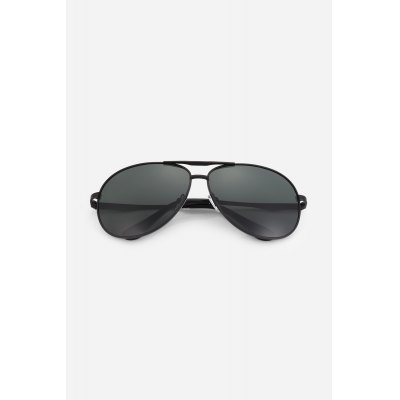 NANKA 8779 Men Polarized SunglassesStylish Sunglasses<br>NANKA 8779 Men Polarized Sunglasses<br><br>For: Motorcycle, Climbing, Cross-country, Cycling, Home use, Other Outdoor Activities<br>Frame material: Metal<br>Functions: Windproof, UV Protection, Dustproof, Fashion<br>Glasses width: 150mm<br>Lens height: 52mm<br>Lens material: Resin<br>Lens width: 65mm<br>Material: Metal<br>Nose pad: Soft comfortable rubber<br>Package Contents: 1 x Pair of Sunglasses<br>Package size (L x W x H): 17.50 x 8.00 x 2.00 cm / 6.89 x 3.15 x 0.79 inches<br>Package weight: 0.0500 kg<br>Product weight: 0.0280 kg<br>Type: Fashion Sunglasses