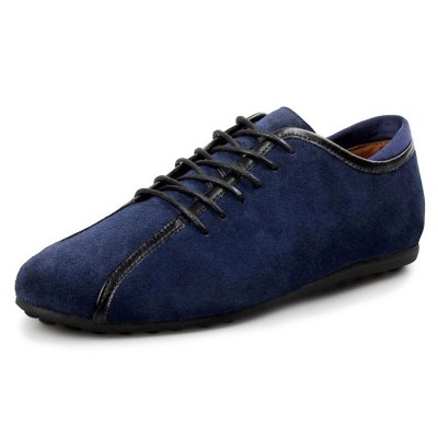 Fashionable Casual Running Shoes for MenCasual Shoes<br>Fashionable Casual Running Shoes for Men<br><br>Contents: 1 x Pair of Shoes<br>Materials: Rubber, Suede<br>Occasion: Casual<br>Package Size ( L x W x H ): 33.00 x 22.00 x 11.00 cm / 12.99 x 8.66 x 4.33 inches<br>Package Weights: 0.77kg<br>Seasons: Autumn,Winter<br>Style: Fashion, Comfortable<br>Type: Casual Shoes