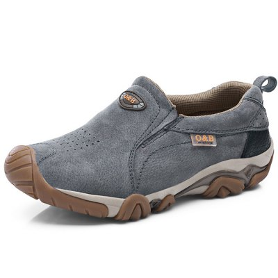 Climbing / Hiking / Cycling Outdoor Shoes for MenMen's Sneakers<br>Climbing / Hiking / Cycling Outdoor Shoes for Men<br><br>Contents: 1 x Pair of Shoes<br>Materials: Genuine Leather, Rubber<br>Occasion: Casual<br>Package Size ( L x W x H ): 33.00 x 22.00 x 11.00 cm / 12.99 x 8.66 x 4.33 inches<br>Package Weights: 0.77kg<br>Seasons: Autumn,Spring,Summer<br>Style: Leisure, Comfortable<br>Type: Hiking Shoes