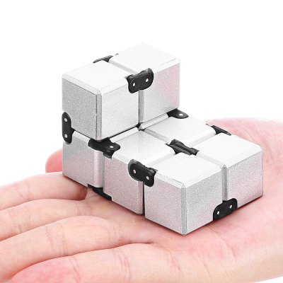 Metallic Paint Weighted Plastic EDC Infinity CubeNovelty Toys<br>Metallic Paint Weighted Plastic EDC Infinity Cube<br><br>Features: Creative Toy, manual<br>Materials: Metal, Plastic<br>Package Contents: 1 x Infinity Cube<br>Package size: 13.00 x 7.50 x 2.40 cm / 5.12 x 2.95 x 0.94 inches<br>Package weight: 0.1450 kg<br>Product size: 4.00 x 4.00 x 4.00 cm / 1.57 x 1.57 x 1.57 inches<br>Product weight: 0.1060 kg<br>Series: Entertainment<br>Theme: Other