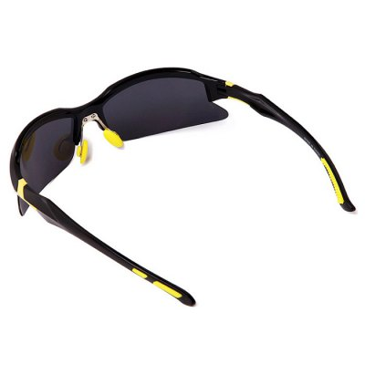 WOLFBIKE BYJ - 014 Protective Polarized Cycling Glasses SetCycling Sunglasses<br>WOLFBIKE BYJ - 014 Protective Polarized Cycling Glasses Set<br><br>Ear-stems Length: 11.5cm<br>Features: Anti-UV, Polarized lens<br>Gender: Unisex<br>Lens height: 3.5cm<br>Lens width: 16.5cm<br>Nose bridge width: 3.2cm<br>Package Contents: 1 x WOLFBIKE BYJ - 014 Cycling Glasses, 1 x Lanyard, 1 x Cleaning Cloth, 1 x Storage Bag, 1 x Box, 1 x Polarized Test Card<br>Package Size(L x W x H): 17.00 x 9.00 x 6.00 cm / 6.69 x 3.54 x 2.36 inches<br>Package weight: 0.1550 kg<br>Product weight: 0.0220 kg<br>Suitable for: Traveling, Mountaineering, Cycling<br>Whole Length: 13.6cm