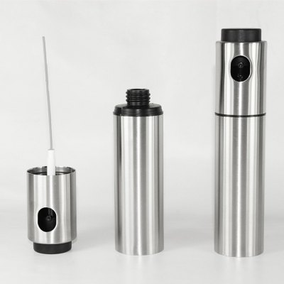 Stainless Steel Western Food Flavoring BottleOther Cooking Tools<br>Stainless Steel Western Food Flavoring Bottle<br><br>Package Contents: 1 x Food Flavoring Bottle<br>Package Size(L x W x H): 4.20 x 4.20 x 18.00 cm / 1.65 x 1.65 x 7.09 inches<br>Package weight: 0.1800 kg<br>Product Size(L x W x H): 4.00 x 4.00 x 17.80 cm / 1.57 x 1.57 x 7.01 inches<br>Product weight: 0.1500 kg
