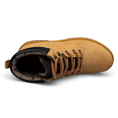 Men High Top TPR Soles Casual BootsMens Boots<br>Men High Top TPR Soles Casual Boots<br><br>Closure Type: Lace-Up<br>Contents: 1 x Pair of Shoes<br>Materials: TPR, Genuine Leather<br>Outsole Material: TPR<br>Package Size ( L x W x H ): 33.00 x 22.00 x 11.00 cm / 12.99 x 8.66 x 4.33 inches<br>Package Weights: 1.17kg<br>Seasons: Autumn,Spring<br>Style: Leisure, Casual<br>Type: Boots<br>Upper Material: Leather