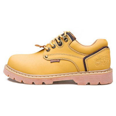 Chic British Style Leather Shoes for MenMens Boots<br>Chic British Style Leather Shoes for Men<br><br>Contents: 1 x Pair of Shoes, 1 x Pair of Shoes<br>Materials: Leather, Rubber<br>Occasion: Casual<br>Package Size ( L x W x H ): 33.00 x 22.00 x 11.00 cm / 12.99 x 8.66 x 4.33 inches, 33.00 x 22.00 x 11.00 cm / 12.99 x 8.66 x 4.33 inches<br>Package Weights: 0.97kg<br>Seasons: Autumn,Spring,Summer<br>Style: Comfortable, Fashion, Leisure<br>Type: Casual Shoes