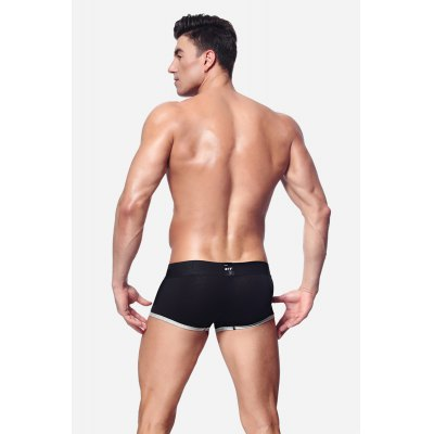 Men Comfortable Cotton Boxers with U-pouchMens Underwear &amp; Pajamas<br>Men Comfortable Cotton Boxers with U-pouch<br><br>Material: Cotton<br>Package Contents: 1 x Pair of Boxers<br>Package size: 20.00 x 20.00 x 2.00 cm / 7.87 x 7.87 x 0.79 inches<br>Package weight: 0.0820 kg<br>Product weight: 0.0700 kg