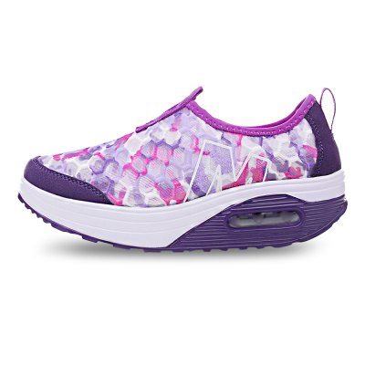 Thick Soles Lazy Shoes for LadiesWomens Sneakers<br>Thick Soles Lazy Shoes for Ladies<br><br>Closure Type: Slip-On<br>Contents: 1 x Pair of Shoes<br>Materials: PU, Mesh<br>Occasion: Casual, Daily<br>Outsole Material: PU<br>Package Size ( L x W x H ): 33.00 x 22.00 x 11.00 cm / 12.99 x 8.66 x 4.33 inches<br>Package Weights: 0.57kg<br>Seasons: Autumn,Spring,Summer<br>Style: Fashion, Comfortable, Casual<br>Type: Skateboarding Shoes