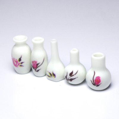 5pcs Miniature Plastic VasePretend Play<br>5pcs Miniature Plastic Vase<br><br>Age: 3 Years+<br>Applicable gender: Unisex<br>Design Style: Furniture<br>Features: DIY<br>Material: Plastic<br>Package Contents: 5 x Miniature Plastic Vase<br>Package size (L x W x H): 7.00 x 5.00 x 5.00 cm / 2.76 x 1.97 x 1.97 inches<br>Package weight: 0.0700 kg<br>Product weight: 0.0500 kg<br>Small Parts : Yes<br>Type: Intelligence toys<br>Washing: Yes