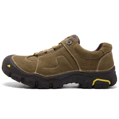 Genuine Leather Outdoor Hiking / Climbing Shoes for MenMen's Sneakers<br>Genuine Leather Outdoor Hiking / Climbing Shoes for Men<br><br>Closure Type: Lace-Up<br>Contents: 1 x Pair of Shoes<br>Materials: Genuine Leather, Rubber<br>Occasion: Riding<br>Outsole Material: Rubber<br>Package Size ( L x W x H ): 33.00 x 24.00 x 13.00 cm / 12.99 x 9.45 x 5.12 inches<br>Package Weights: 1.22kg<br>Seasons: Autumn,Spring,Summer,Winter<br>Style: Leisure, Casual<br>Type: Hiking Shoes<br>Upper Material: Leather