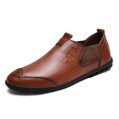 Stylish British Slip-on Leather Shoes for MenMen's Oxford<br>Stylish British Slip-on Leather Shoes for Men<br><br>Contents: 1 x Pair of Shoes<br>Function: Slip Resistant<br>Materials: Genuine Leather, Rubber<br>Outsole Material: Rubber<br>Package Size ( L x W x H ): 33.00 x 22.00 x 11.00 cm / 12.99 x 8.66 x 4.33 inches<br>Package Weights: 0.87kg<br>Type: Casual Shoes<br>Upper Material: Leather